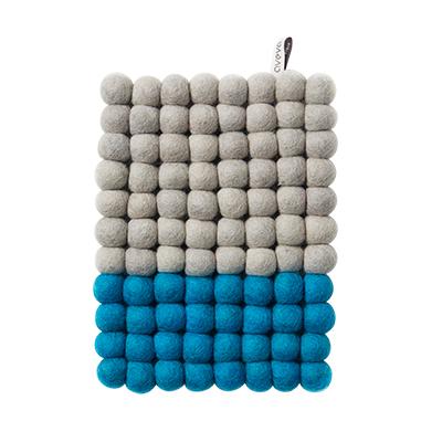 Grytunderlägg Aveva Dip Wool Rektangel 22 cm, Turkos/Grå